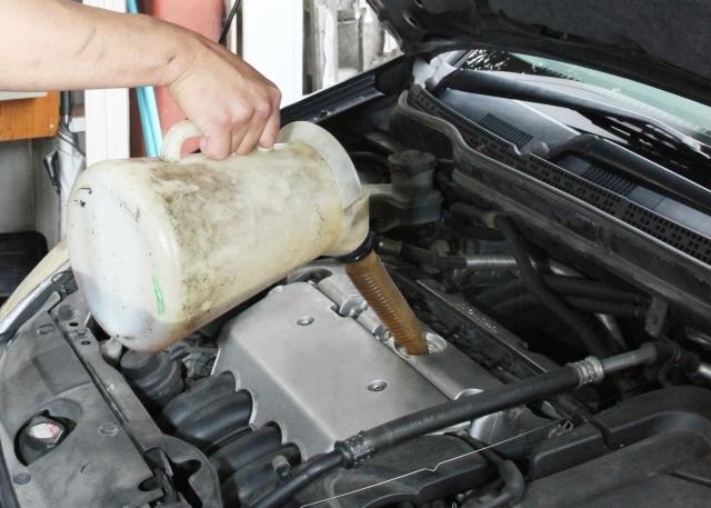 エンジンオイル廃棄 必要なもの