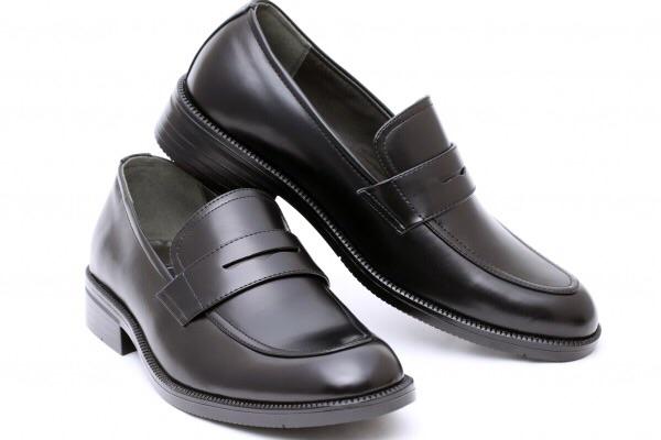 結婚式の靴のマナー!男性は茶色っていいの?