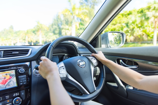 車の運転中にめまいが…ふわふわするのはなぜ?