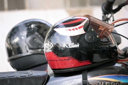ヘルメットの臭いの取り方4つの対策を紹介