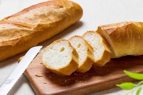 フランスパンの保存の仕方。バケットを長持ちさせるには冷凍保存が一番